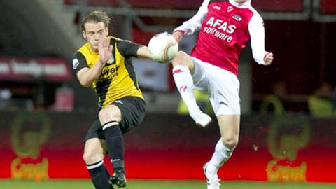Rasmus Elm, MF, AZ Alkmaar (right)