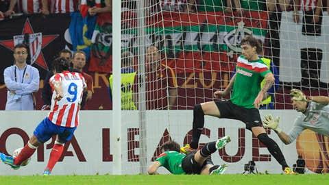 Falcao Kick!