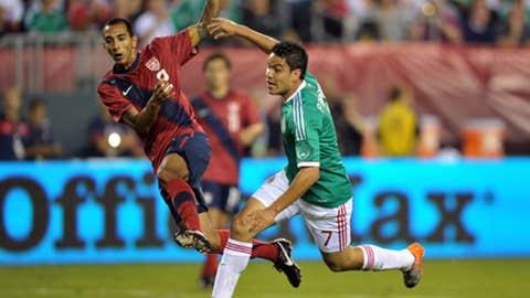 Edgar Castillo, defender (6.5)
