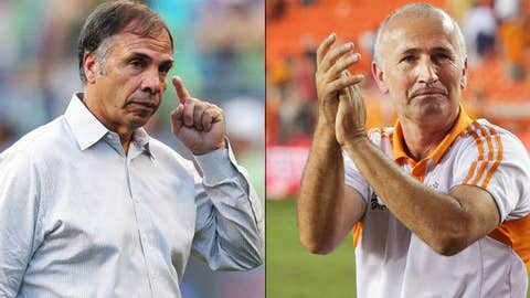 Head coach Dominic Kinnear of the Houston Dynamo, Head Coach Bruce Arena of the Los Angeles Galaxy
