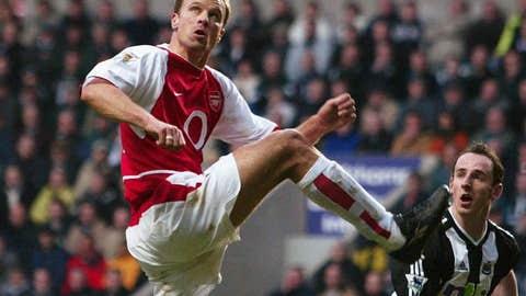 Dennis Bergkamp: Arsenal vs. Newcastle, 2002