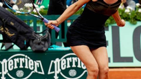 Sharapova completes career grand slam