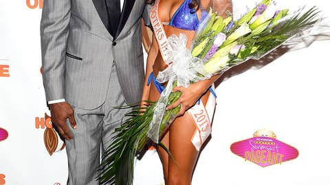 Terrell Owens and Hooters Queen Marissa Raisor