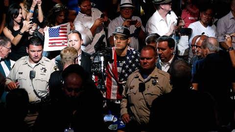 Chris Weidman's UFC 162 walkout