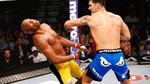 Chris Weidman says goodnight to The Spider