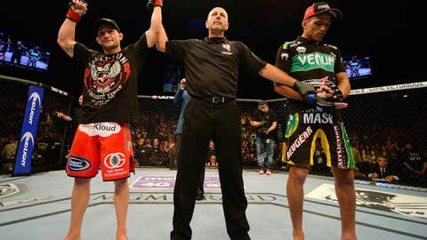 Unanimous decision win for Frankie Edgar