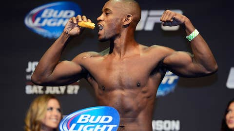 Yves Edwards put his weight back immediately