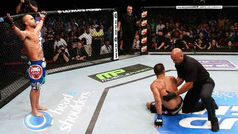 Robbie Lawler victorious over Bobby Voelker