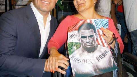 Cain Velasquez and a superfan