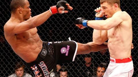 Trinaldo's devastating kicks weren't enough to stop Hallmann