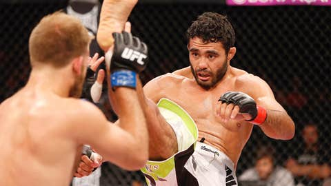 Rafael Natal with a scary front kick