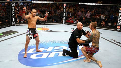 Renan Barao and Eddie Wineland