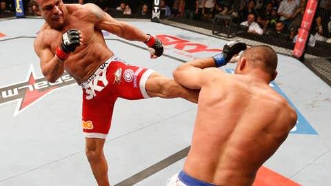 Heavy kicks from Belfort