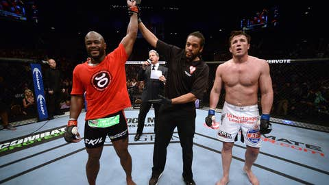 Rashad Evans takes the win