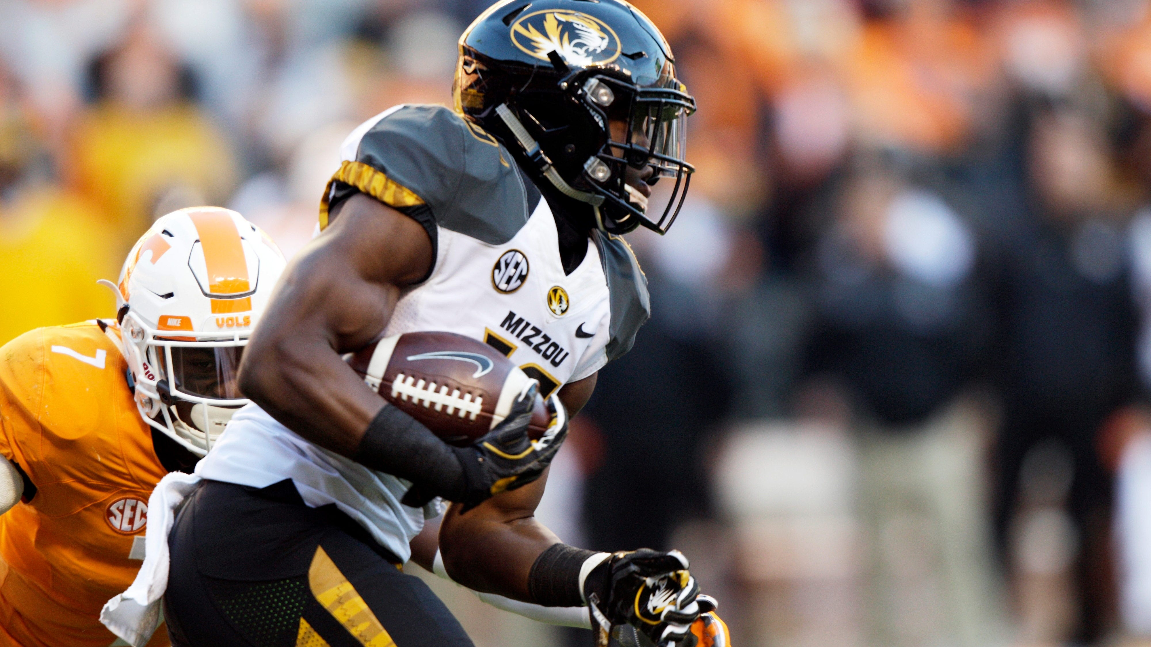 best service 66c75 517fc Mizzou RB Crockett arrested on marijuana charge, suspended ...