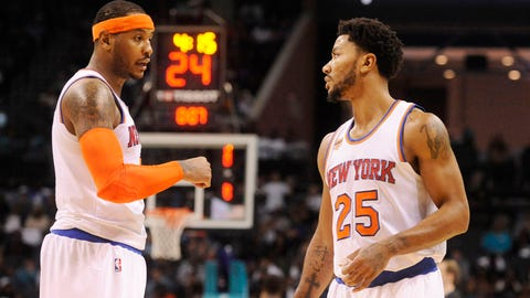 Carmelo Anthony and Derrick Rose sabotage the Triangle Offense
