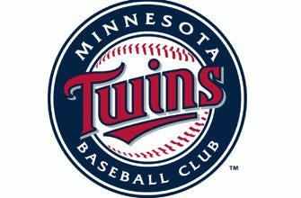 Twins crank five homers, lose 7-6 to Braves thumbnail