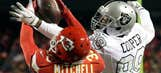 Chiefs top Raiders to take control of AFC West