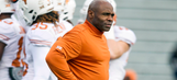 Charlie Strong hoping to stay as Longhorns coach