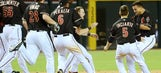 Parra RBI single lifts D-backs over Braves in 11; Kimbrel blows save