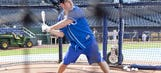 Watch Sudeikis & Rudd try to get a hit off Royals pitcher Guthrie