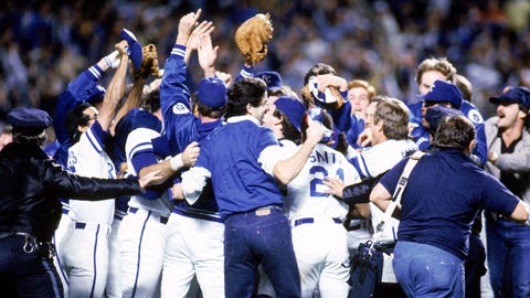 1985: Royals roll in Game 7 after Game 6 gift