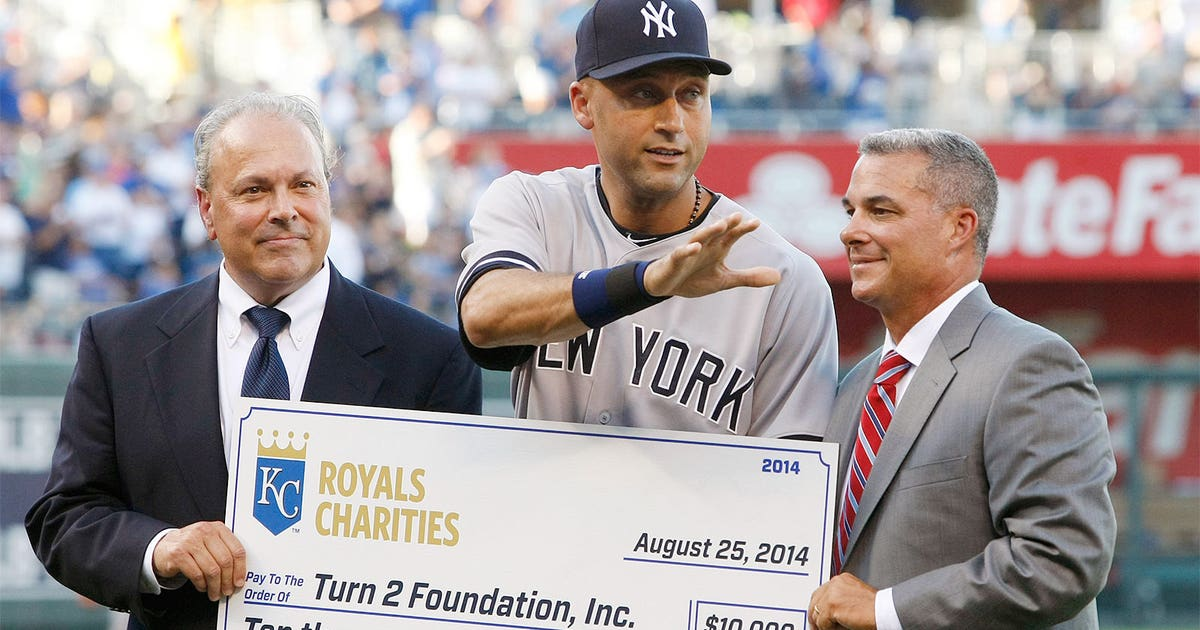 1c6b5b064 Jeter s latest honor — Yankees to wear special patch on caps ...