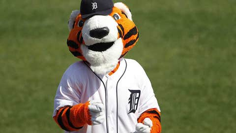 Detroit Tigers: Paws