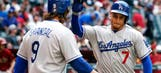 Dodgers' Guerrero advises new teammate, fellow Cuban Olivera