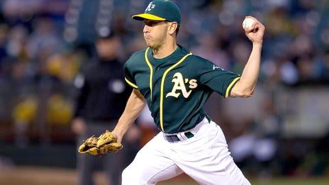 Ambidextrous pitchers