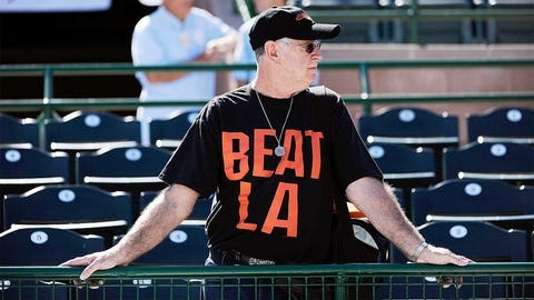 2. The pretentious 'Beat L.A.' chant
