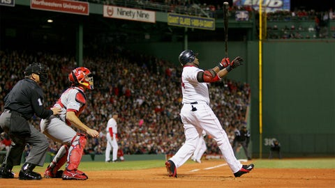 2004 World Series, Game 1: Ortiz provides the lead