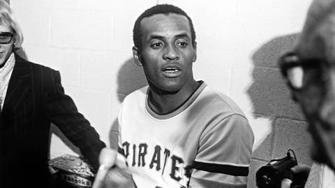 """Roberto Clemente -- """"Despacito"""" by Luis Fonte feat. Daddy Yankee"""