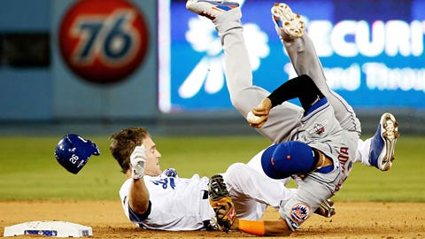 2015 NLDS: Chase Utley's dirty slide