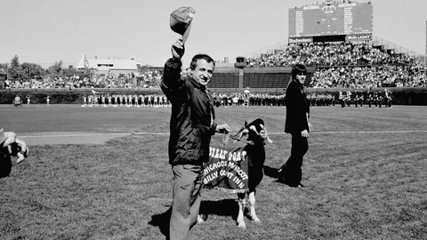 1945: Cubs edge Cards to win pennant