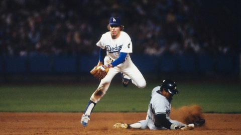 1978 World Series: Ball deflects off Reggie Jackson to score run