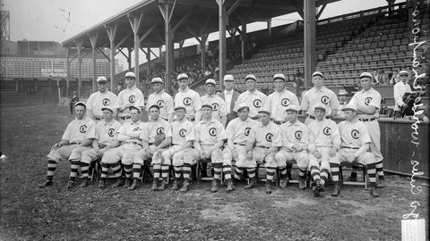 1907-08: Cubs win back-to-back World Series titles