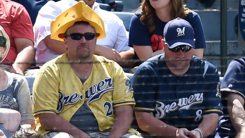 Milwaukee Brewers: Keep fans patient during the rebuild