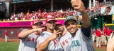 MLB allowing players to use smartphones during games on 'Snapchat Day'