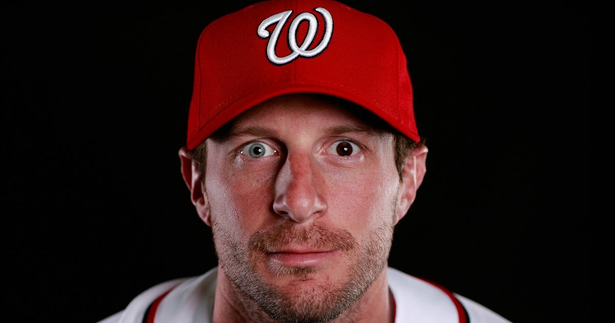 Max Scherzer S New Dog Has Two Different Colored Eyes Just