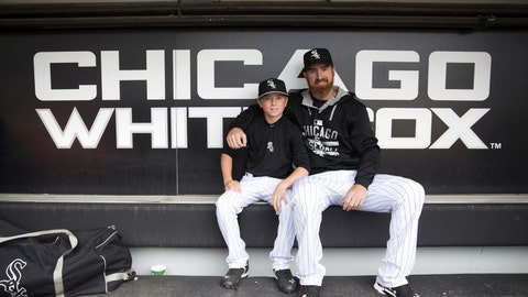 Adam Laroche retires after the White Sox objected to the amount of time his 14-year-old son was spending around the team (March 16)