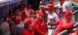 Suarez powers Reds to 9-4 win over Phillies