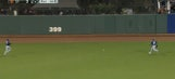 Giants' Matt Duffy finds gaping in hole in Padres' extreme outfield shift
