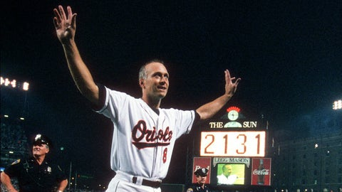 Cal Ripken Jr. set MLB's consecutive games played record