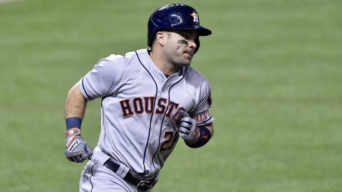 Altuve grounds Angels