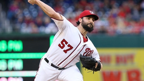 Roark silences Giants