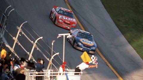 2001 — Michael Waltrip, 0.124 seconds