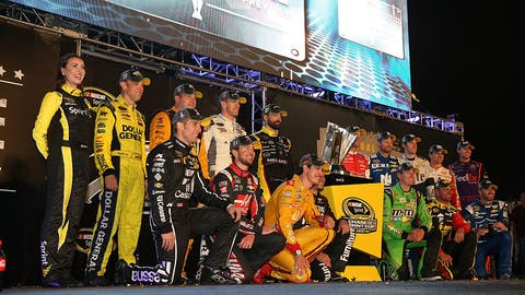 2015 - Aric Almirola and Clint Bowyer battle for final spot, Kyle Busch builds momentum
