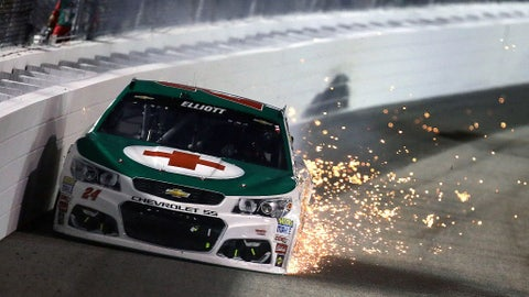 Early scare for Chase Elliott
