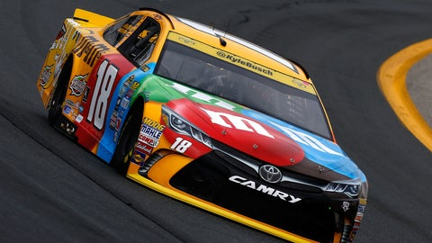 Kyle Busch, 2085 points
